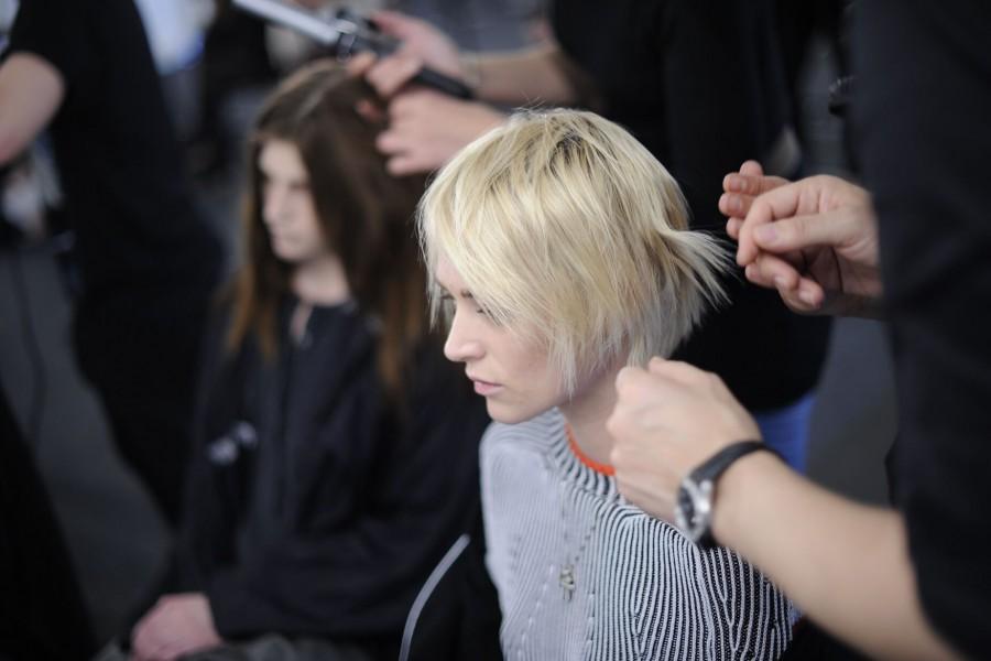 Ferrara - ragazze bionde per taglio e colore
